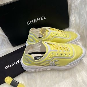 Chanel authentic sneakers yellow/white NEW
